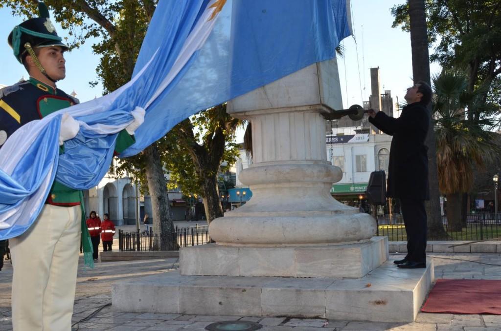 dia de la bandera mestre
