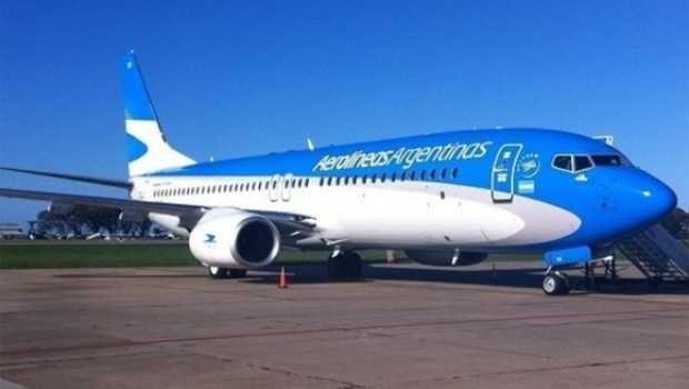 aerolineas_boeing_737