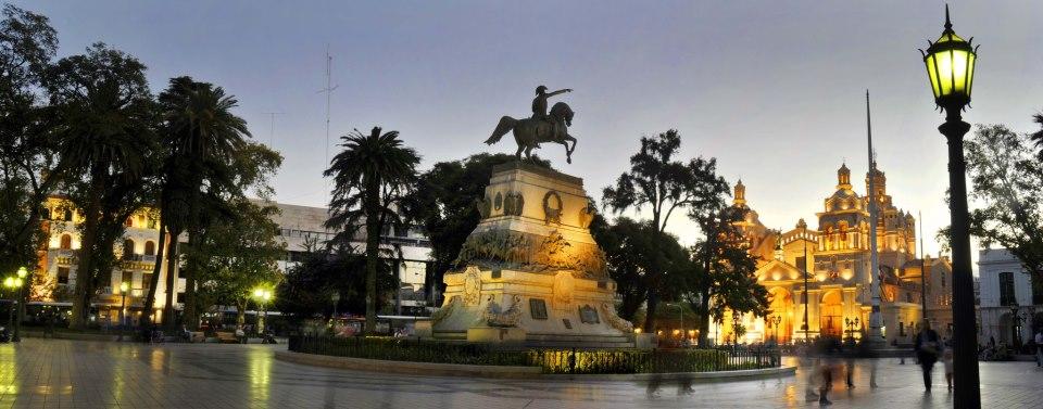 Plaza Sán Martin - Córdoba Capital